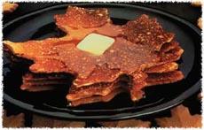 Maple leaf-shaped pancakes! YUM
